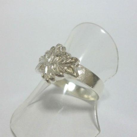 ring8-10sq800