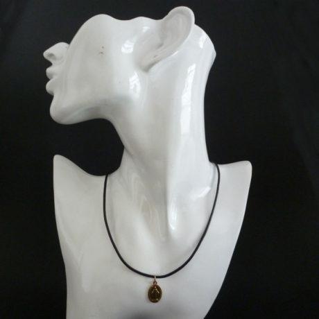 neck21-1sq800